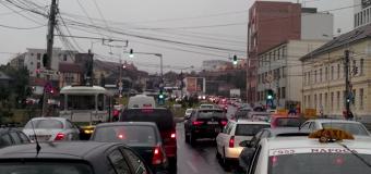 PSD Cluj: Soluționarea blocajului din traficul clujean este o prioritate dle. Boc, campania electorală a Elenei Udrea NU!