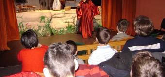"""Teatrul de Păpuși """"Puck"""" va susţine spectacole în cadrul programului Școala Altfel"""