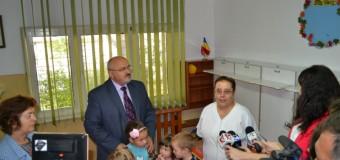 Prefectul a vizitat astăzi, şcoli pentru a vedea cum decurg lucrările de reabilitare
