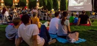 CARAVANA FILMELOR NEXT AJUNGE LUNI, LA CLUJ-NAPOCA. PICNIC ŞI CINEMA SUB  CLAR DE LUNĂ, ÎN IULIUS PARC