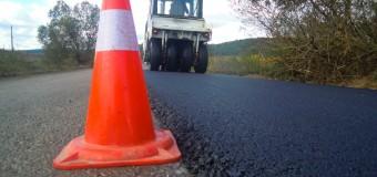 A început asfaltarea tronsonului Vultureni – Şoimeni – Băbuţiu – Deuşu – Chinteni situat pe drumul județean 109A