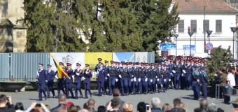 Ziua Poliției Române, sărbătorită la Cluj cu o ceremonie de avansare a polițiștilor, în mijlocul comunității.