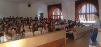 JSU 2014 se îndreaptă spre final. 230 de elevi din ţară au aflat cum e viaţa de student la Cluj