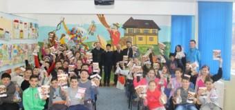 ISU Cluj şi E.ON România îi învaţă pe elevi despre siguranţă