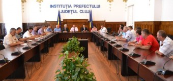 Prefectul caută soluţii împreună cu locuitorii din Beliş pe tema exploatării pădurilor