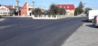 A fost asfaltată intersecția din centrul localității Panticeu.