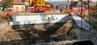 """Podul de peste Nadăş din proiectul """"Modernizarea tramei stradale şi acces la zona  industrială"""" prinde contur"""
