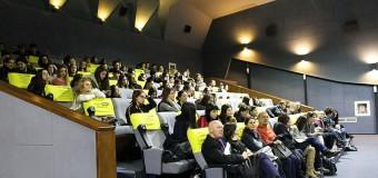 Programul educațional TEHC lansează un concurs de video-eseuri pentru elevii  de liceu