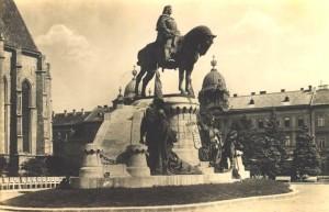 Statuia Matia Corvin