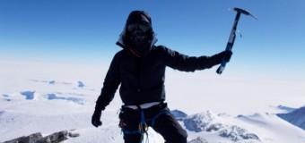 Primul alpinist clujean care a reuşit să cucerească vârful Vinson (4897 m), cel mai înalt de pe continentul alb: Antarctica!