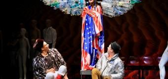 Spectacolul Îngeri în America revine pe scena Teatrului Maghiar Cluj!