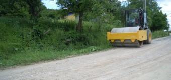 Lucrări de întreținere pe 20 de kilometri ai drumurile județene Sucutard – Chiriș şi Chiriș –Mureșenii de Câmpie – Bărăi