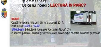 """Bibliobusul bibliotecii judeţene """"Octavian Goga"""" ajunge în fiecare miercuri în Parcul Central"""