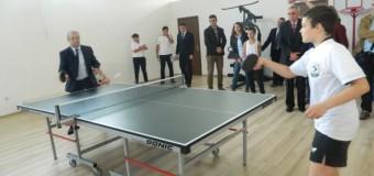 """[Foto&Video] Colegiul Naţional """"George Coşbuc"""" are în sfârşit sală de sport"""