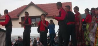 Ultima zi a evenimentelor dedicate floreştenilor. Ansamblul de dansuri ţigăneşti Igranka a făcut show