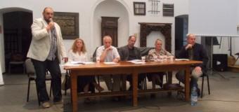 PUG-ul dezbătut la Cluj. Discuţii aprinse între un arhitect şi reprezentantul Primăriei.