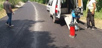 Lucrările de întreținere și asfaltare pe drumul județean ce duce la Aeroportul militar de la Luna au fost finalizate