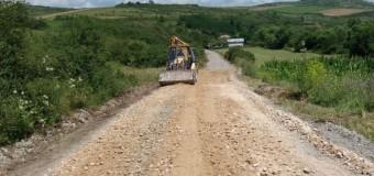 Au demarat lucrările de întreținere pe drumul judeţean 109V.