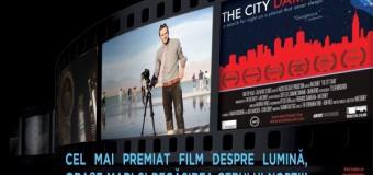 Filmul documentar THE CITY DARK prezentat în premieră la Muzeul Etnografic în prezența regizorului IAN CHENEY