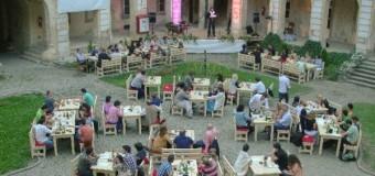 """Un nou spaţiu de relaxare pentru clujeni. Cafeneaua culturală """"La Palat"""" la Muzeul de Artă Cluj-Napoca"""