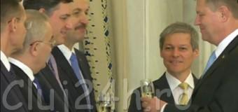Guvernul Cioloş, investit. Noii miniştri şi-au depus jurămintele.