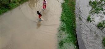 Floreşti: Gheorghe Doja inundată în urma ploii de astăzi