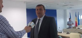 Supărat pe procurori, primarul din Florești a acuzat și amenințat public jurnalistul Cluj24h.ro și un consilier local.