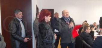 [Video] Scandal in sedinta de Consiliu Judetean. Primarii unor comune, revoltati de starea drumurilor