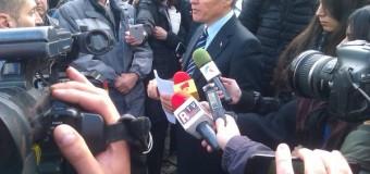 Angajații Poștei Române nu renunță la proteste. Azi și-au spus doleanțele în fața Premierului, Dacian Cioloș.