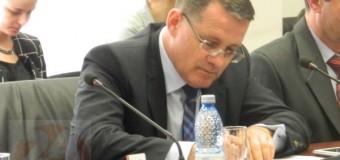 Deputatul clujean, Adrian Oros cere demisia Prefectului. S-a supărat că Prefectul nu vrea să încalce Legea