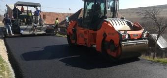 Consiliul Județean derulează lucrări de asfaltare pe drumul județean 109S (DJ 109A) Deușu – Sânmărtin – Giula