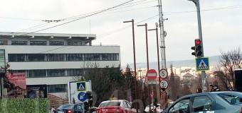 Primăria Cluj-Napoca pune în funcțiune trei sisteme de semaforizare pentru treceri de pietoni.