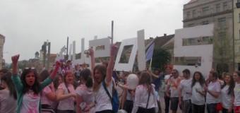 [Foto&Video] Studenţii au dat culoare Capitalei Europene a Tineretului
