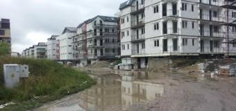 Florești: Locuitorii din zona ansamblurilor Sun City și Emerald Garden, în continuare nemulțumiți de strarea drumului. Primăria continuă să nu facă nimic